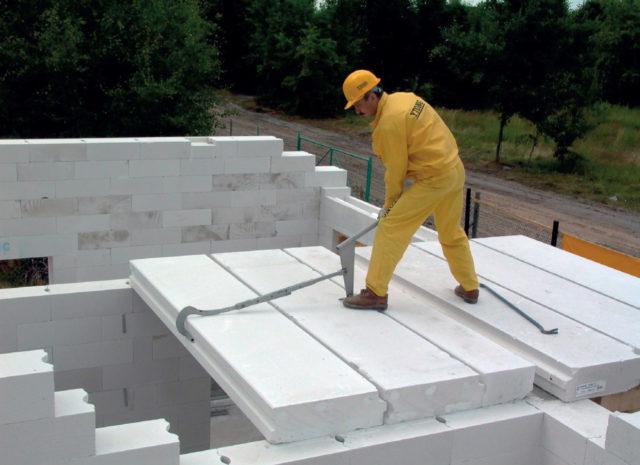 Их применение значительно сокращает сроки строительства
