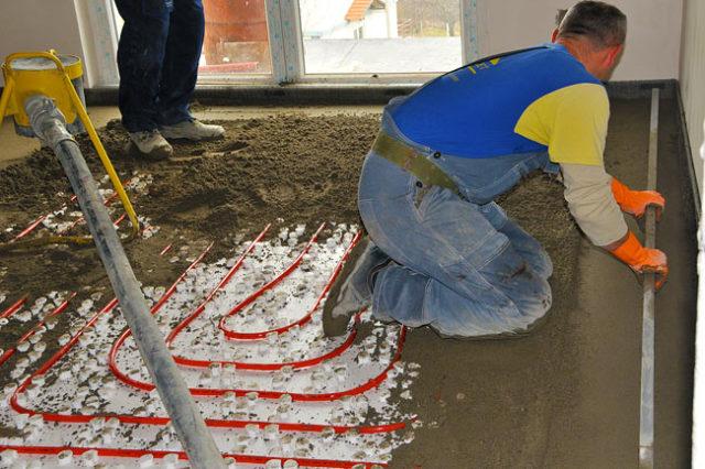 Готовые смеси очень удобны при выполнении работ в помещениях большой площади