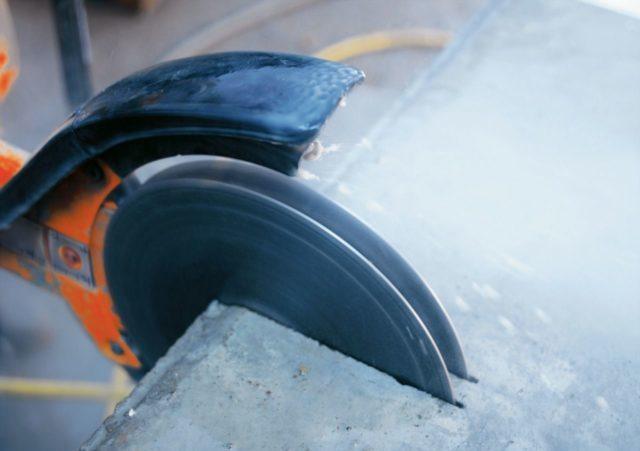 Отсутствие вибрации — алмазное сверление отверстий в бетоне не вызывает никаких ненужных колебаний