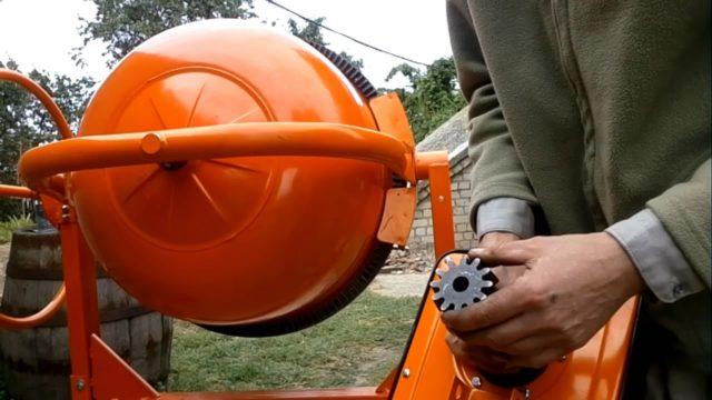 Эти машинки предназначены для бытового использования в ремонтных работах и строительстве