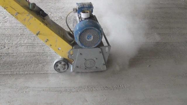 Агрессивные примеси воды приводят к коррозионному разрушению материала, вступая в реакцию со структурными компонентами
