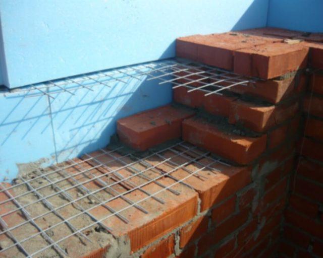 По статистике подобные проблемы возникают в каждом третьем вновь построенном доме