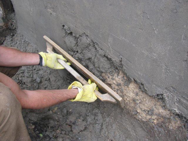 Самый популярный вариант – 1 к 3, где 1 – это единица цемента, а 3 – песка