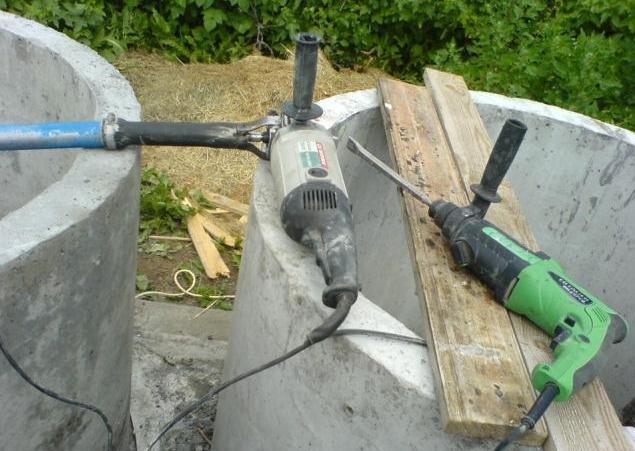 Еще одним базовым приспособлением для самостоятельного изготовления вибратора для бетона способен послужить перфоратор