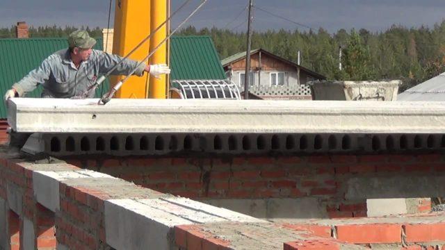Современный рынок строительных материалов довольно широк и сегодня потребителю предоставляют сборно-монолитные перекрытия