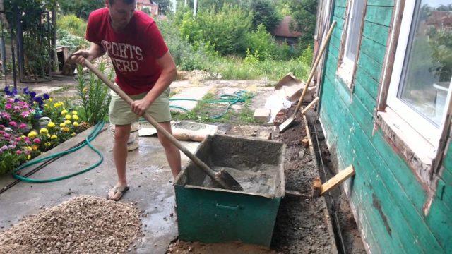 Как правильно сделать бетонный раствор?