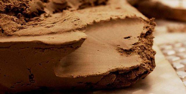 Какой фундамент на глине выбрать?
