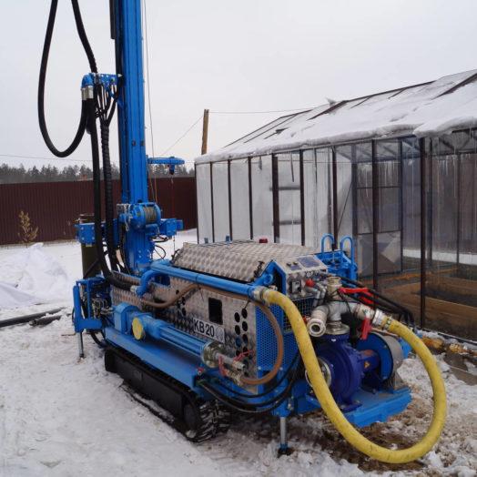Как правильно бурить скважину под воду зимой