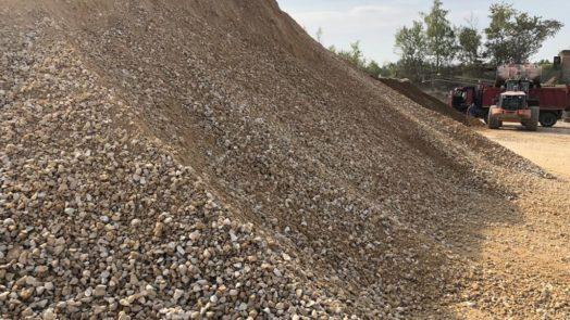 Щебеночно-песчаная смесь 0-40 как лучший материал для дорожного строительства
